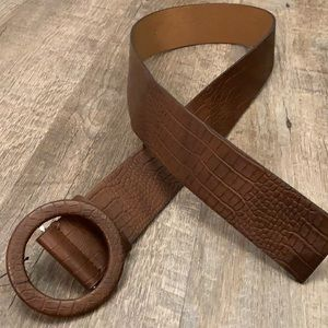 Zara vegan leather brown belt